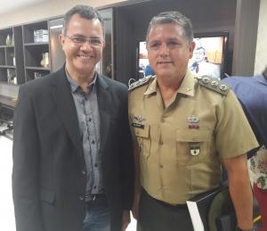 Marcos Aurélio e o coronel  Kuster de Paula. Foto: Aldaci de Souza/Alese