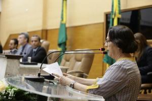 Deputada Ana Lúcia reconhece trabalho de Firmo
