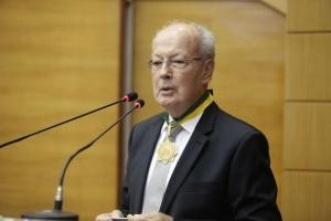 Dr. Todt presta serviços médicos há 50 anos em Sergipe