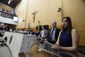 Samira Bueno destaca soluções