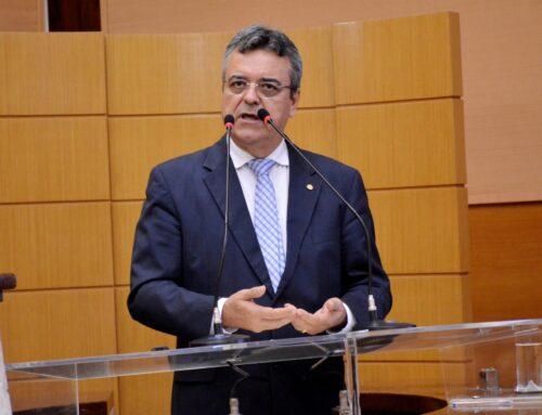 Luciano Pimentel lamenta afastamento de concursados em Graccho Cardoso e faz críticas a postura de Arakém Aragão