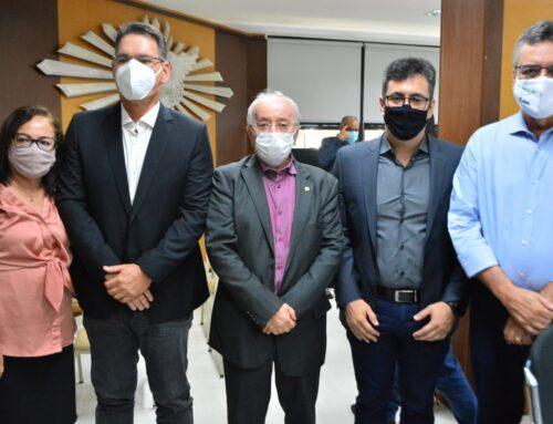 Deputados participam da posse de novos gestores estaduais
